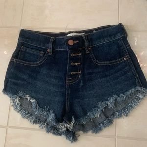Bullhead Dark Wash Demin Shorts